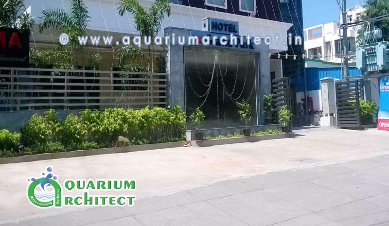 Gass water fountain | Glass water features | aquarium in chennai | Aquarium Architect | Aquarium Chennai